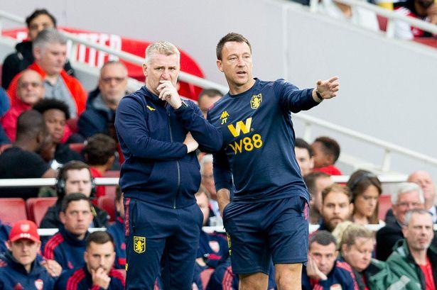 SỐC: Bố HLV trưởng Aston Villa qua đời vì Covid-19